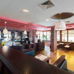 Отель SOL Marina Palace гостиничный бар