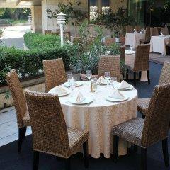 Отель Grand Hotel Shumen Болгария, Шумен - отзывы, цены и фото номеров - забронировать отель Grand Hotel Shumen онлайн питание
