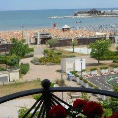 Hotel River Римини балкон