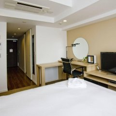 Отель Residential Hotel B:CONTE Asakusa Япония, Токио - 1 отзыв об отеле, цены и фото номеров - забронировать отель Residential Hotel B:CONTE Asakusa онлайн удобства в номере фото 2