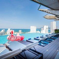Sen Viet Premium Hotel Nha Trang бассейн