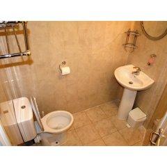 Yardley Manor Hotel ванная фото 2