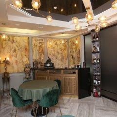 Гостиница Mandarin clubhouse Украина, Харьков - отзывы, цены и фото номеров - забронировать гостиницу Mandarin clubhouse онлайн питание фото 3