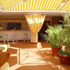 Отель Grand Hotel Smeraldo Beach Италия, Байя-Сардиния - 1 отзыв об отеле, цены и фото номеров - забронировать отель Grand Hotel Smeraldo Beach онлайн интерьер отеля