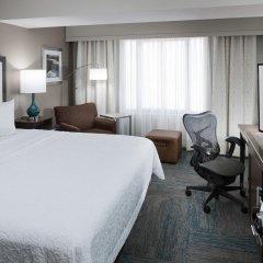 Отель Hampton Inn Gateway Arch Downtown комната для гостей