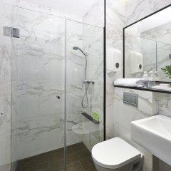 Hotel Boss Сингапур ванная фото 2