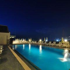 Отель Flipper Lodge Паттайя бассейн фото 3