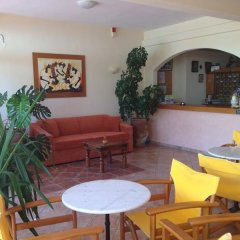 Отель Aloni Hotel Греция, Пефкохори - отзывы, цены и фото номеров - забронировать отель Aloni Hotel онлайн питание
