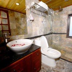 Отель Imperial Classic Cruise Halong ванная