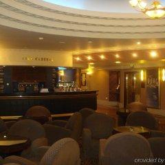 Отель Crowne Plaza Liverpool - John Lennon Airport Великобритания, Ливерпуль - отзывы, цены и фото номеров - забронировать отель Crowne Plaza Liverpool - John Lennon Airport онлайн интерьер отеля