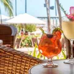 Отель Sheraton Buganvilias Resort & Convention Center гостиничный бар