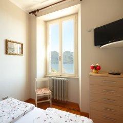 Отель Villa Josefa Apartment Италия, Вербания - отзывы, цены и фото номеров - забронировать отель Villa Josefa Apartment онлайн комната для гостей фото 3