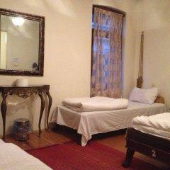 Chambers Of The Boheme - Hostel комната для гостей