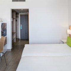 Отель AX ¦ Seashells Resort at Suncrest комната для гостей