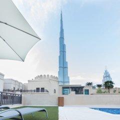 Отель Maison Privee - Burj Khalifa Community Дубай бассейн