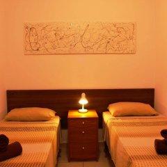 Отель Spinola Bay Apartment Мальта, Сан Джулианс - отзывы, цены и фото номеров - забронировать отель Spinola Bay Apartment онлайн комната для гостей фото 3
