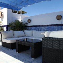 Отель Hostal Casa Alborada Испания, Кониль-де-ла-Фронтера - отзывы, цены и фото номеров - забронировать отель Hostal Casa Alborada онлайн бассейн