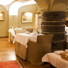 Отель Die Swaene Hotel Бельгия, Брюгге - 1 отзыв об отеле, цены и фото номеров - забронировать отель Die Swaene Hotel онлайн питание