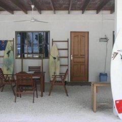 Отель Thulusdhoo Surf Camp Остров Гасфинолу развлечения