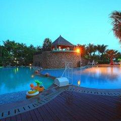 Отель Grand Soluxe Hotel & Resort, Sanya Китай, Санья - отзывы, цены и фото номеров - забронировать отель Grand Soluxe Hotel & Resort, Sanya онлайн бассейн фото 3