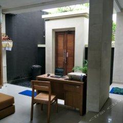 Отель Alia Home Sanur Индонезия, Бали - отзывы, цены и фото номеров - забронировать отель Alia Home Sanur онлайн удобства в номере фото 2