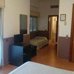 Hotel Europa Палермо сейф в номере