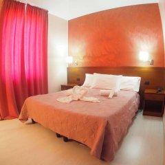 Hotel Montescano Сан-Мартино-Сиккомарио комната для гостей фото 4