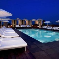 Отель SIXTY Beverly Hills бассейн фото 3
