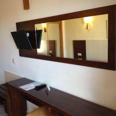 Отель Amoros интерьер отеля фото 2