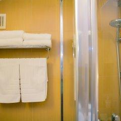 Гостиница Альпен Клаб в Шерегеше отзывы, цены и фото номеров - забронировать гостиницу Альпен Клаб онлайн Шерегеш ванная фото 3