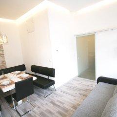 Апартаменты Vienna CityApartments-Luxury Apartment 2 Вена комната для гостей фото 4