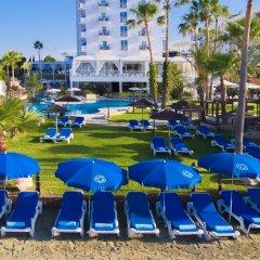Отель Lordos Beach Кипр, Ларнака - 6 отзывов об отеле, цены и фото номеров - забронировать отель Lordos Beach онлайн спортивное сооружение