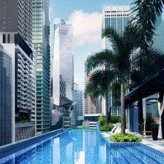 Отель Sofitel So Singapore бассейн фото 2