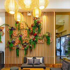 Отель The Mix Bangkok Бангкок