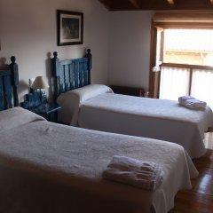 Отель Casa Rural La Oca сейф в номере