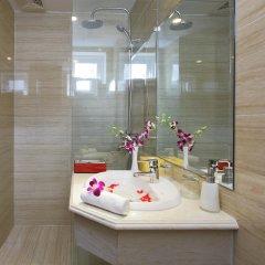 Отель Regalia Hotel Вьетнам, Нячанг - отзывы, цены и фото номеров - забронировать отель Regalia Hotel онлайн ванная фото 2
