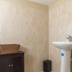 Отель Hartland Breeze Ямайка, Монастырь - отзывы, цены и фото номеров - забронировать отель Hartland Breeze онлайн ванная фото 2