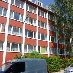 Отель Günstig Wohnen In München Мюнхен парковка