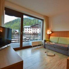 Bed & Breakfast Hostel Nives Стельвио комната для гостей