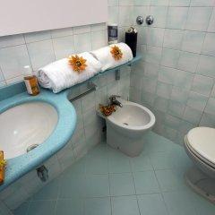 Отель Atlantic Италия, Римини - отзывы, цены и фото номеров - забронировать отель Atlantic онлайн ванная фото 2