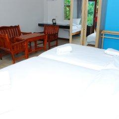 Отель Pran Kiang Lay сейф в номере