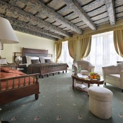 Hotel U Tri Pstrosu Прага интерьер отеля фото 3