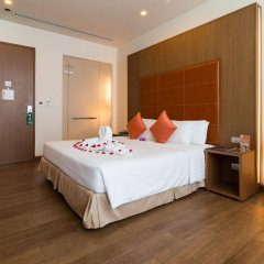 Отель On8 Sukhumvit Nana Bangkok By Compass Hospitality Бангкок комната для гостей фото 5