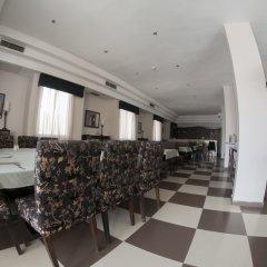 Отель La Maison Иордания, Вади-Муса - отзывы, цены и фото номеров - забронировать отель La Maison онлайн гостиничный бар