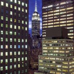Отель Westin New York Grand Central сейф в номере