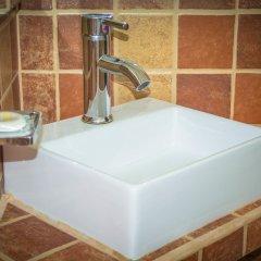 Отель Sara Suites Ixtapa ванная