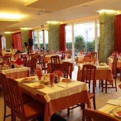 Отель La Ninfea Италия, Монтезильвано - отзывы, цены и фото номеров - забронировать отель La Ninfea онлайн питание