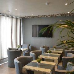 Le 135 Hotel гостиничный бар