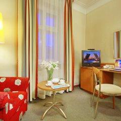 Гостиница Октябрьская 4* Стандартный номер с двуспальной кроватью фото 11