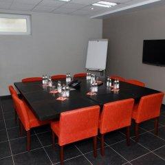 Отель Cleythil Hotel Бельгия, Мальдегем - отзывы, цены и фото номеров - забронировать отель Cleythil Hotel онлайн помещение для мероприятий
